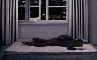 Злодій напився і заснув на ліжку подружжя: там його і застали
