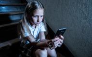 Омбудсмен розповів, як уберегти дітей від насильства в мережі