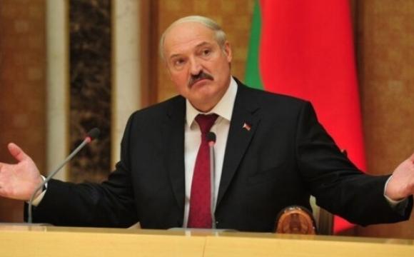 Таємні маєтки, елітний автопарк та літаки Лукашенка