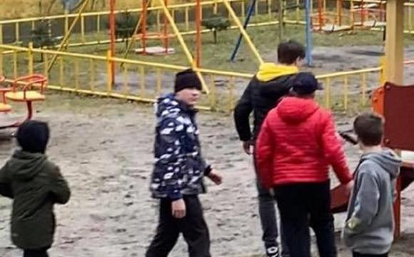 У Львові підлітки лякали дітей пістолетом