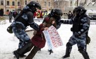 Путін у 4 рази збільшив штрафи за непокору силовикам