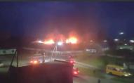 Вогонь гасили 10 автоцистерн: повідомили деталі масштабної пожежі на складах Волині