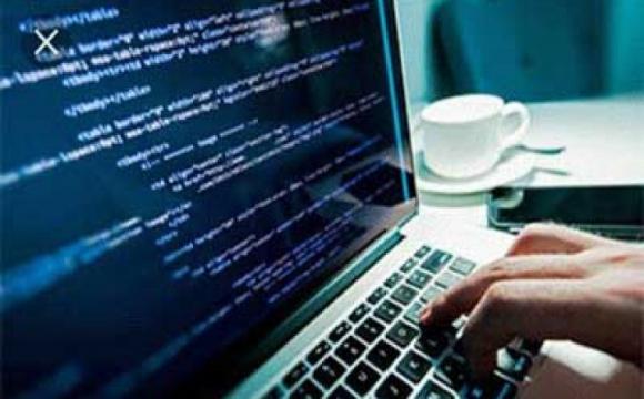 Сайт знайомств для програмістів - лайкають код, а не фото