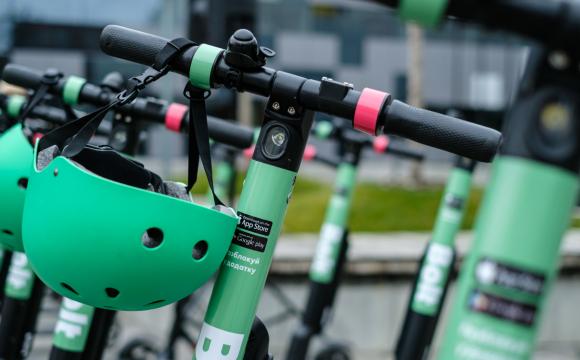 У Луцьку хочуть облаштувати мережу прокату велосипедів і електросамокатів