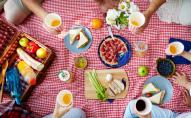 Які продукти не варто брати на пікнік: поради дієтологів