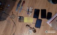 У Нововолинську поліцейські проводять масштабні обшуки