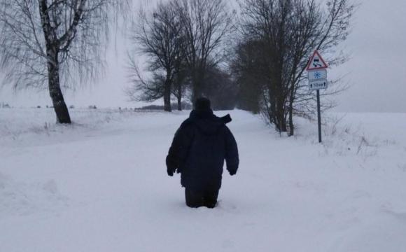 Волинське село через снігопад повністю відрізане від цивілізації. ФОТО