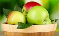 В Україні різко змінилася ціна на яблука: назвали причину