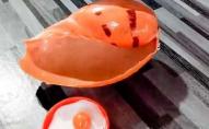 Купив молюсків на обід за $2 і знайшов у них перлину за $200 000. ФОТО