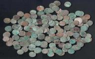 Студент намагався вивезти з України до США колекцію старовинних рідкісних срібних і мідних монет