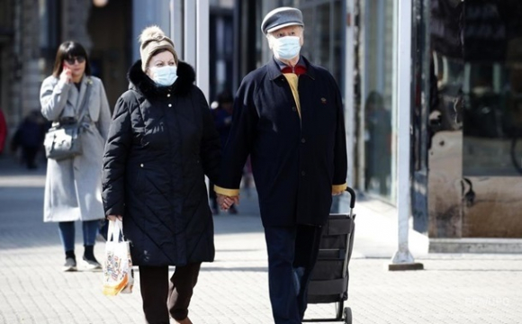 В Україні майже 15 тисяч нових випадків COVID