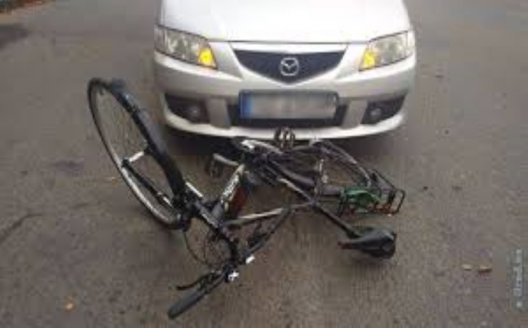 На трасі Львів-Луцьк на смерть збили велосипедиста