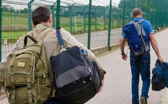 Чому українські вчителі цілими школами їдуть на заробітки до Польщі