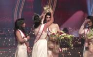 «Красивий» скандал: корону з «Королеви краси» зірвали просто на сцені. ВІДЕО