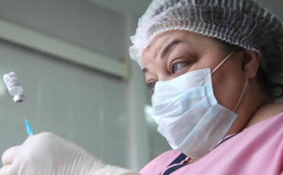 Смс від МОЗ: лучани скаржаться на нав'язування державою вакцинуватися. ФОТО
