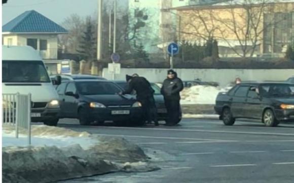У Луцьку трапилась ДТП за участю двох легковиків.