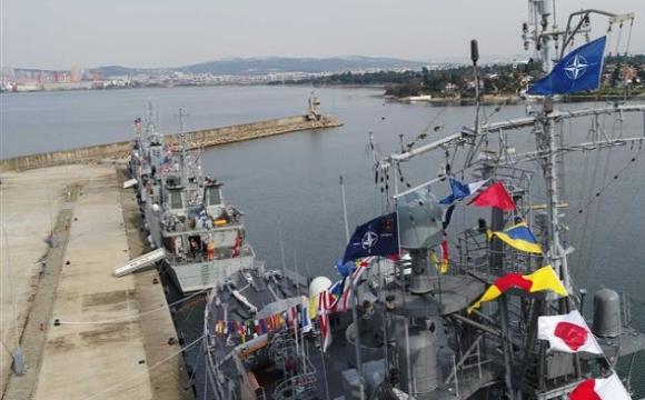Група кораблів НАТО увійшла в Чорне море, де проведе спільні з Україною навчання