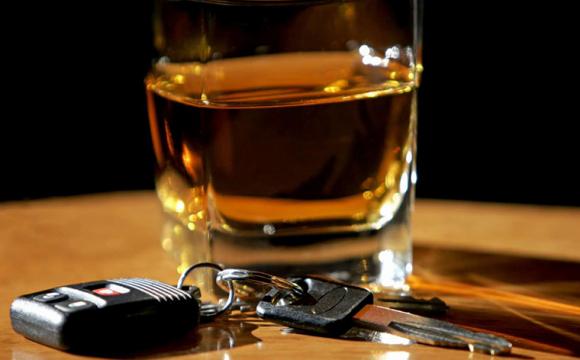 Скільки має минути часу, аби сісти за кермо після вживання алкоголю: поради від експертів