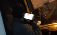 Рука в гіпсі, Тік Ток  перед очима: жителів Нововолинська обурила поведінка маршрутчика. ФОТО