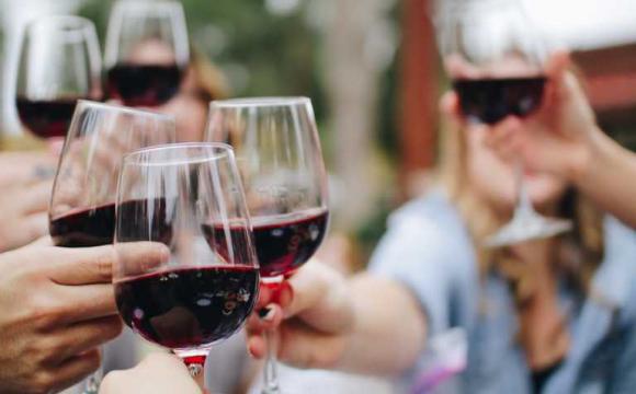Алкоголь корисний для серця: нове дослідження