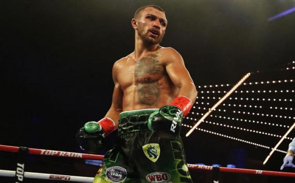 За п'ять днів до бою: Ломаченко назвав найкращого боксера у своїй вазі